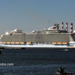 Oasis Of The Seas Arriving At Port Everglades